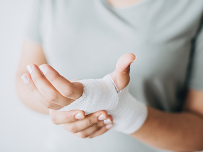 The JRMC Wound Center uses evidence-based clinical pathways to treat patients. And, it's working. The average time to heal a chronic wound is 21 days.